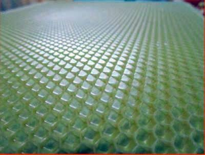 Modern manufacture of honeycomb