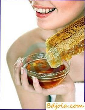 Recipes of honey masks for the face with dry skin