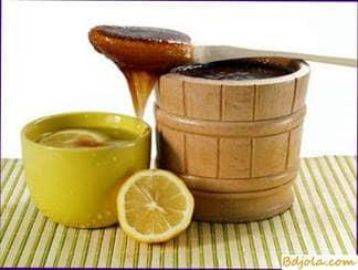 Lemon drink with honey