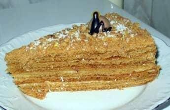Pastel de miel leche de ave